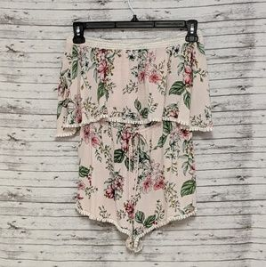 Forever 21 Sz:S Baby Pink Floral strapless Romper